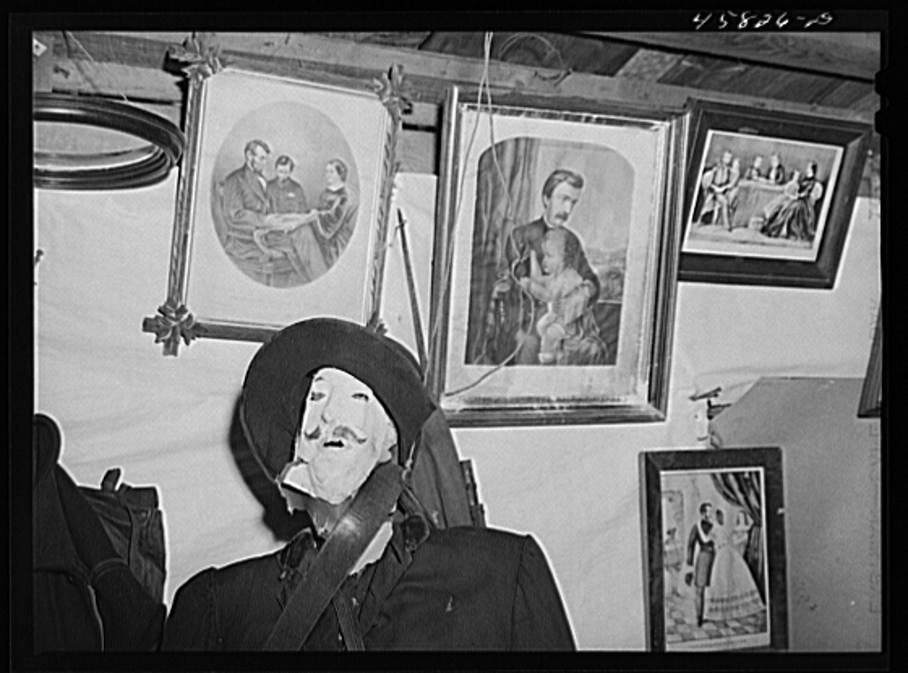 Part of the exhibit in the antique building at the World's Fair. Tunbridge, Vermont