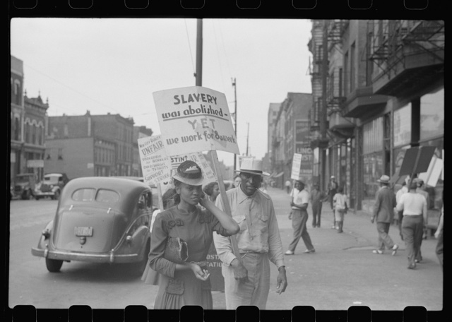 Picket line at Mid-City Realty Company, South Chicago, Illinois