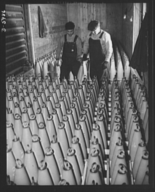 Production. 155mm shells. Loading 155mm shell bodies for shipment to loading plants where they will be filled with propelling and explosive charges. Willy's, Toledo, Ohio