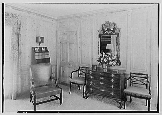 Rufus W. Scott, residence on Via Del Lago, Palm Beach, Florida. Library, to corner