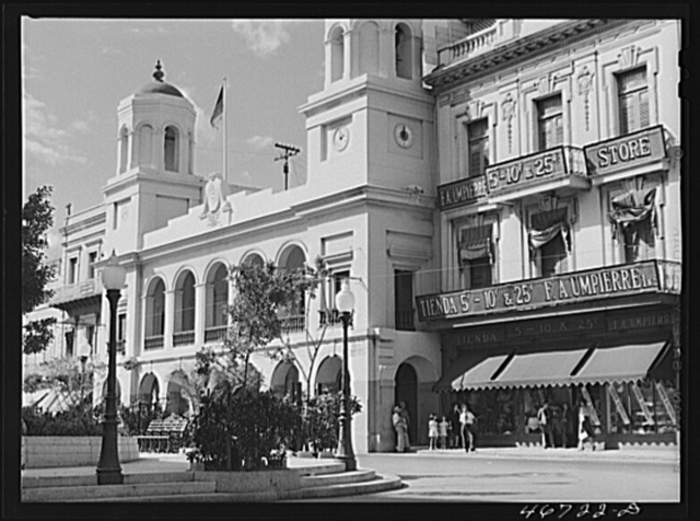 San Juan, Puerto Rico. Stores around the plaza downtown