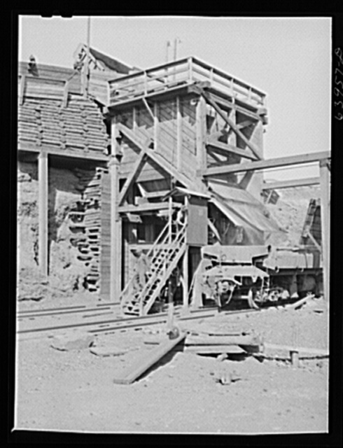 Screening plant for separating ore scram (lower grade ore). Mahoning pit, Hibbing, Minnesota