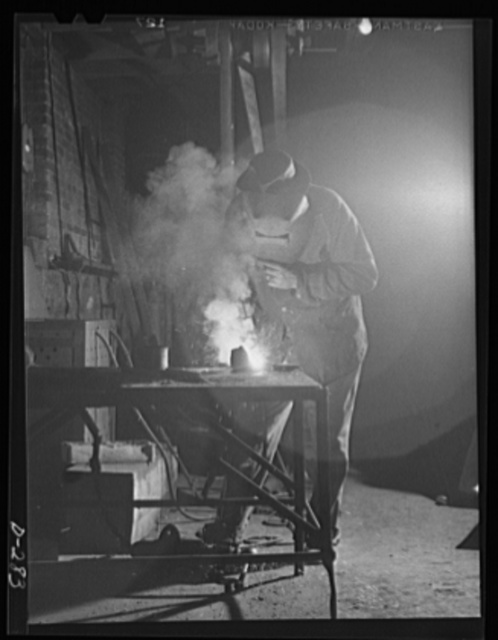 Shenandoah Valley. Carl Wilbarger going to work in an acetylene welding outfit