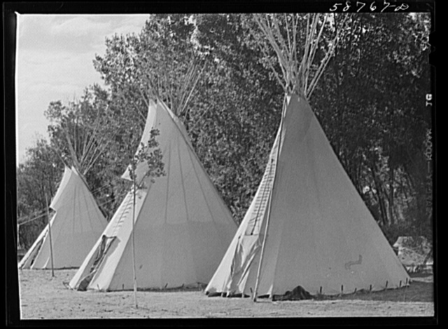Teepees or lodges of Indians at Crow fair. Crow Agency, Montana
