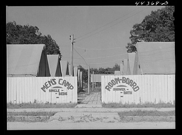 Tent camp to accomodate workers from the nearby new powder plant. Childersburg, Alabama