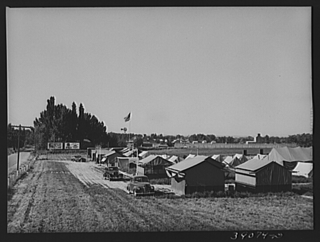 Tents for FSA (Farm Security Administration) employees, manager, nurse, etc. at the FSA migratory labor camp mobile unit. Wilder, Idaho