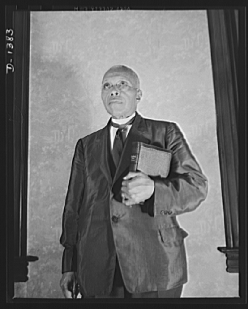 The four freedoms. Complete freedom of worship is taken for granted by Americans. More than ever before the religous leaders of America are determined that democracy must and will survive, and to that end they are devoting their energies. Subject is Reverend W.H. Jernagin of Washington, D.C.