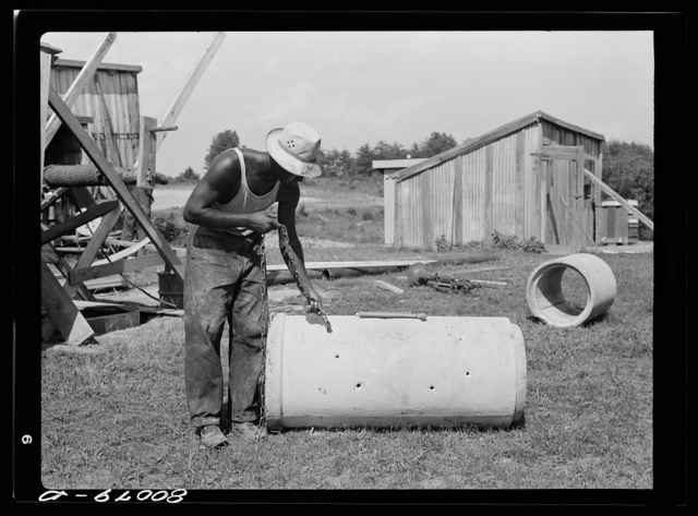 These two sections of pipe form the reservoir in the well. Safe well demonstration near La Plata, Maryland. Charles County