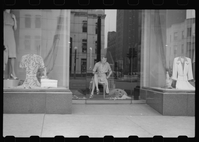 Window display, Chicago, Illinois