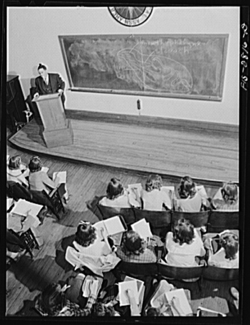 An elementary science class at Iowa State College. Ames, Iowa