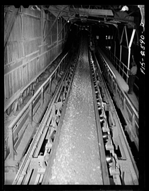 Anaconda smelter, Montana. Anaconda Copper Mining Company. Conveyor belt above the ore storage bins; by a moving device ore is delivered to any one of several storage bins