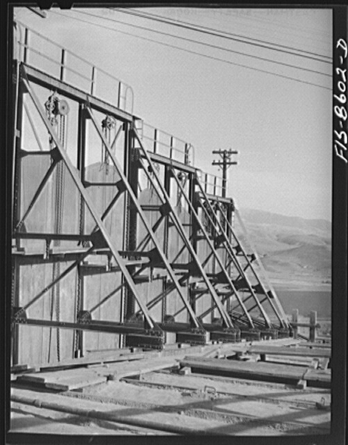 Anaconda smelter, Montana. Anaconda Copper Mining Company. Dampers in the flue system leading to the smokestack