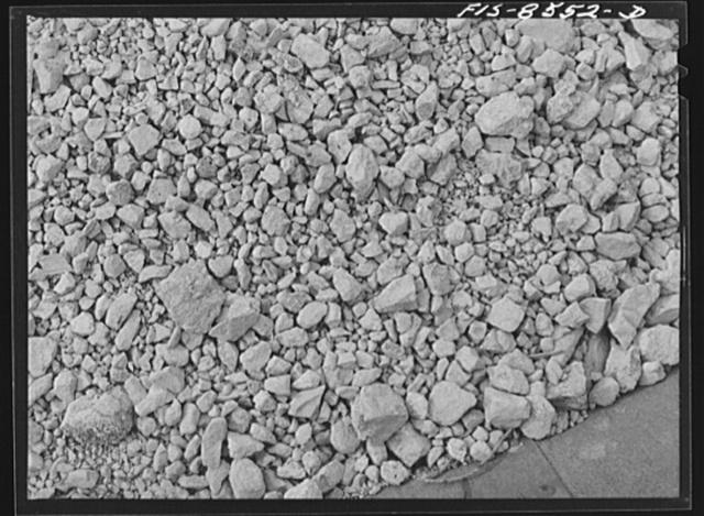 Anaconda smelter, Montana. Anaconda Copper Mining Company. Manganese ore in railroad car