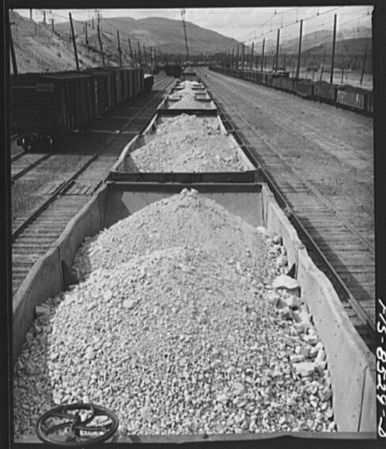 Anaconda smelter, Montana. Anaconda Copper Mining Company. Trainload of manganese ore which will be smelted