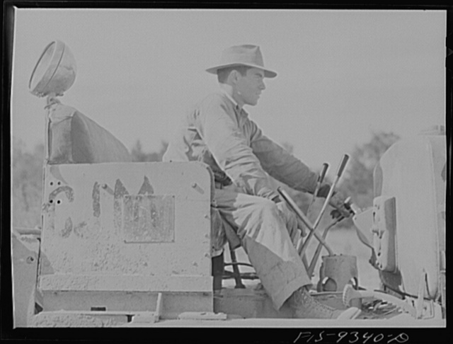 Arkansas-Texas state line to Gurdon, Arkansas. War emergency pipeline from Longview, Texas to Norris City, Illinois. Caterpillar tractor driver