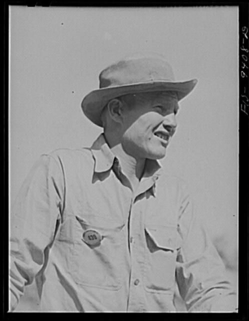 Arkansas-Texas state line to Gurdon, Arkansas. War emergency pipeline from Longview, Texas to Norris City, Illinois. Pipeliner