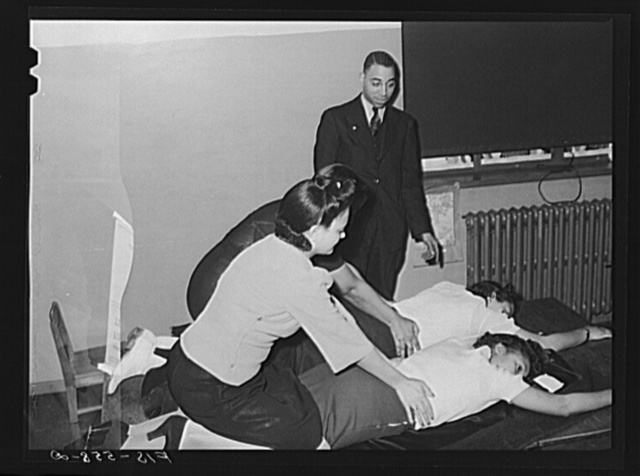 Chicago, Illinois. Ida B. Wells Housing Project. In a first aid class