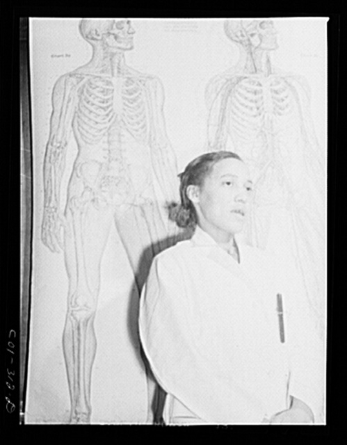 Chicago, Illinois. Provident Hospital. Mrs. H.J. Thomson lecturing in a bacteriology class