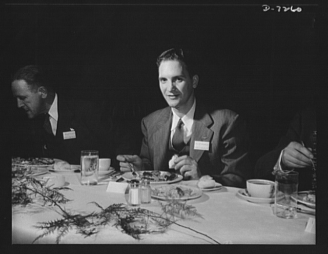 Citation winner. Certificate winner, George Smolarek, employed in the Aircraft Engine Department, Packard Motor Car Company, Detroit, Michigan, at the luncheon tendered by Donald M. Nelson, Chairman of the War Production Board (WPB), following the White House ceremony