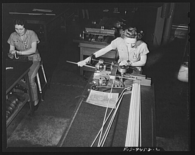 Washington D C Woman Worker In A Wartime Machine Shop