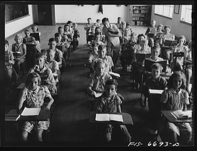 Dunklin County, Missouri. Children in a consolidated rural school