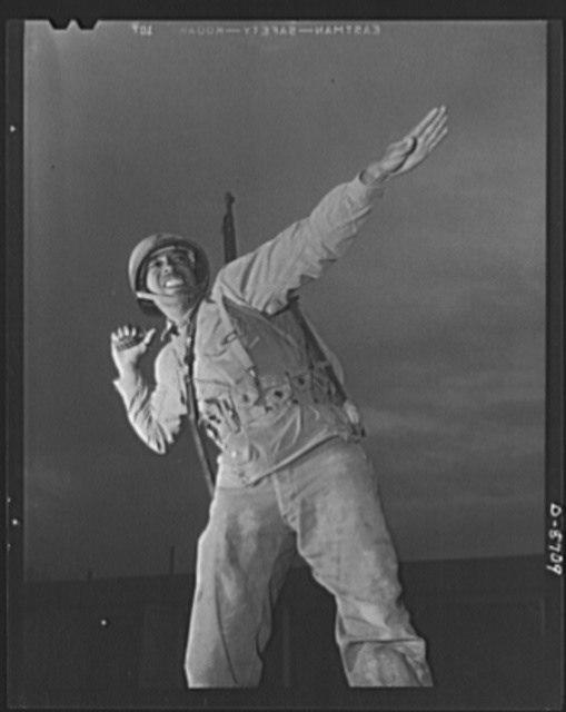 Fort Belvoir, Virginia. Negro grenade throwers. A Negro infantryman in training at Fort Belvoir, Virginia, poised to throw an American pineapple of the kind the Axis finds hard to digest. American soldiers make good grenade throwers