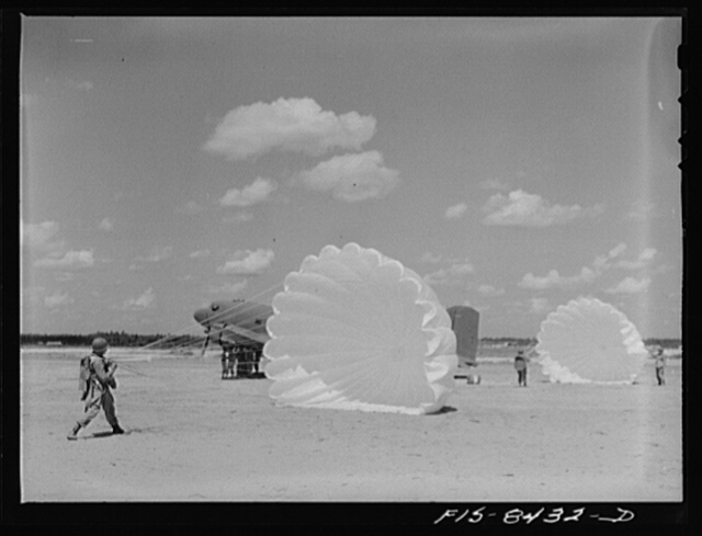 Fort Bragg, North Carolina. Parachutists in a military demonstration