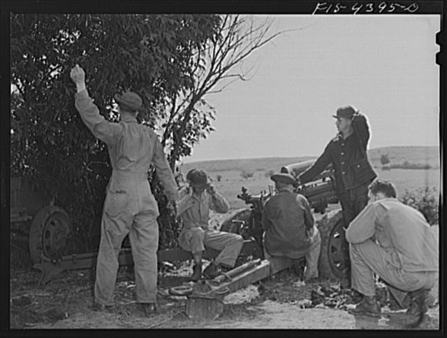Fort Riley, Kansas. Artillery practice. Firing the 37 mm guns