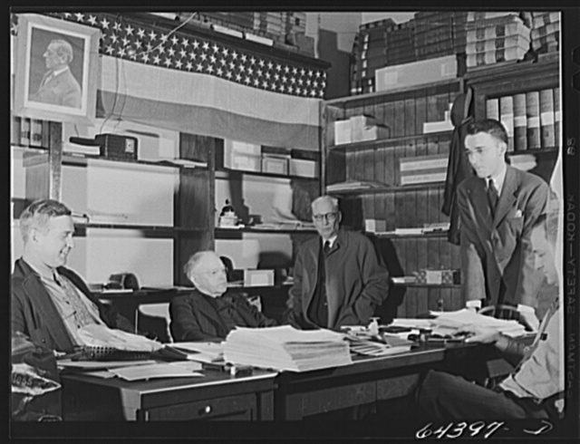 Gallipolis, Ohio. Selective Service Board of Gallia County, Ohio. The man in the center is editor of local paper who has stopped in to look for a story
