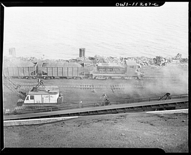 Hanna furnaces of the Great Lakes Steel Corporation. Detroit, Michigan. Transporting coke