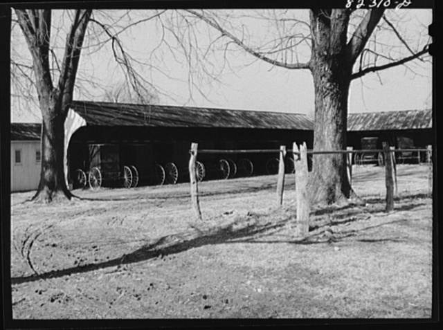 Hinkletown, Penna (vicinity). Wagon yard of Mennonite church
