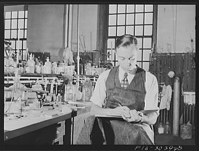 Jesse Younger in the chemistry lab. University of Nebraska, Lincoln