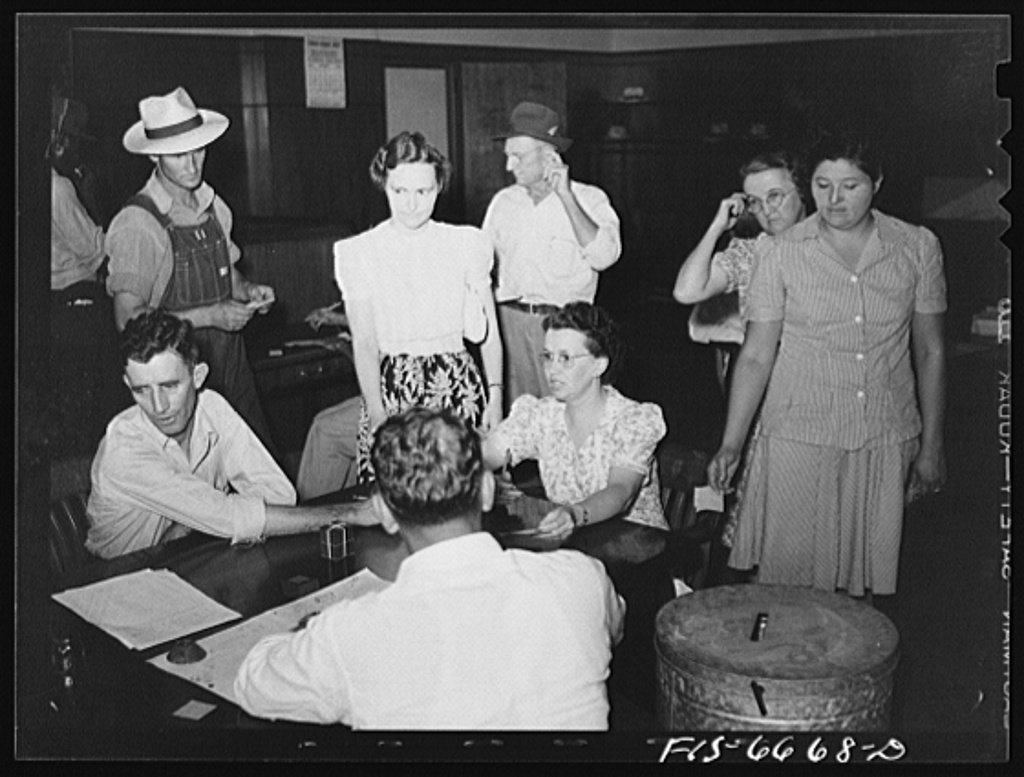 Kennett, Dunklin County, Missouri. Voting in the primary elections