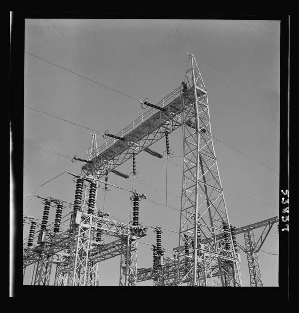 Las Vegas, Nevada. A mass of transmission towers and transformers redistributing power from Boulder Dam to Basic Magnesium Incorporated, which produces huge quantities of the lightest of all metals for aircraft and other wartime manufacturing