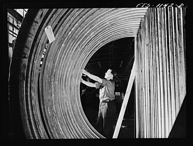 Minneapolis, Minnesota. Defense worker at Northern Pump Company