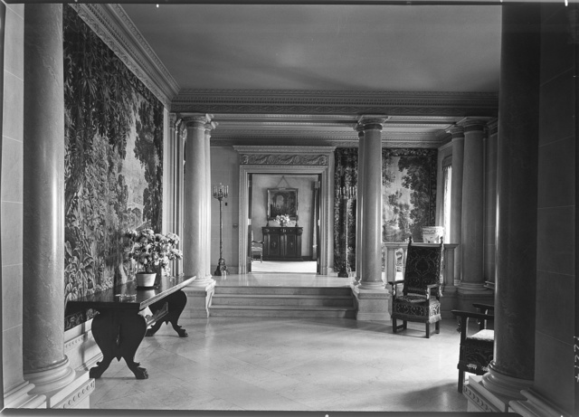Mrs. Edwin Gould, residence at 936 5th Ave., New York City. Entrance foyer, to reception room