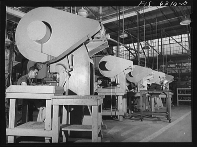 Nashville, Tennessee. Stamping out parts for bombers. Vultee Aircraft Corporation plant