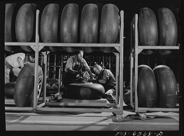 Nashville, Tennessee. Working on landing gears for a bomber. Vultee Aircraft Corporation plant