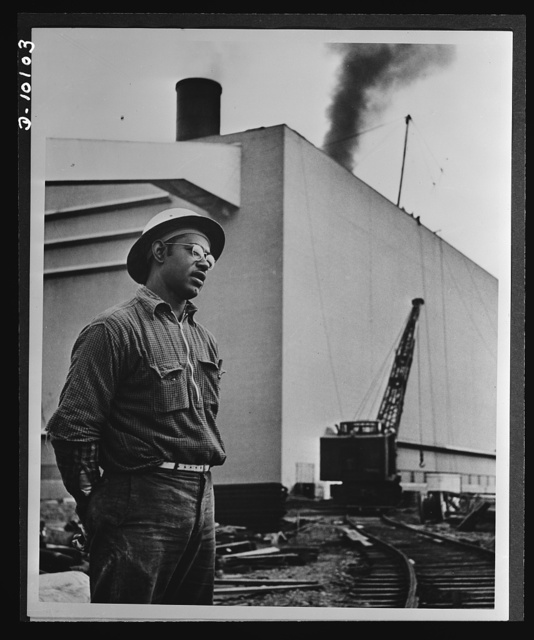 Negroes speed war work for Tennessee Valley Authority. Herbert Smith, drill operator, is a member of a local labor-management cooperative committee and is a job steward. He has worked nine years for TVA without a single unauthorized absence