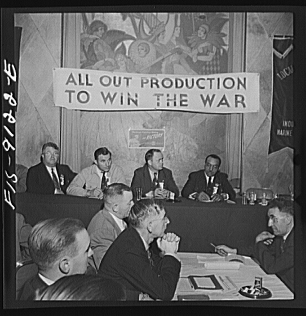 New York, New York. Marine and shipbuilding workers' convention. Guest at the speakers' table and union delegates listening to speeches