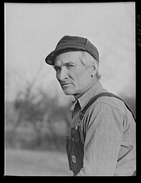 Newton County, Missouri. Camp Crowder area. James Mallory, Ozark farmer whose land has been bought by the Army for construction. With the aid of FSA (Farm Security Administration), he will move to a farm in Bates County one hundred miles north, in the corn belt
