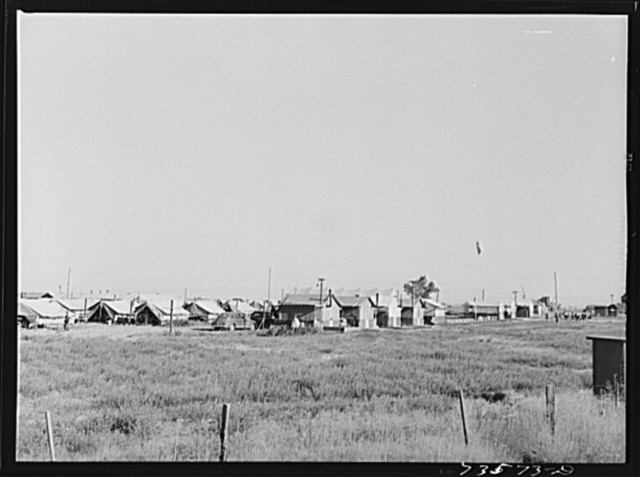 Nyssa, Oregon. FSA (Farm Security Administration) mobile camp now inhabited by Japanese-Americans who volunteered to do farm work. The U.S. Employment Service and the local sugar beet companies made agreements as to wages, working conditions, transportation, recreational facilities and medical care