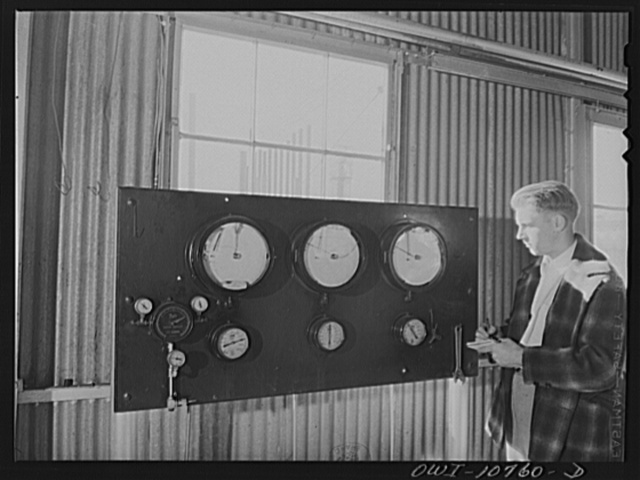 Oklahoma City, Oklahoma. Control board in the pump room at Phillips gasoline plant