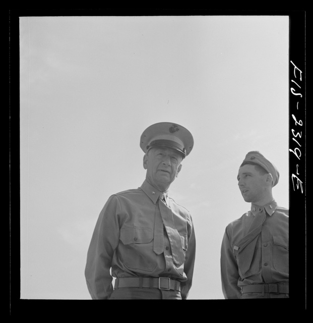 Parris Island, South Carolina. Brigadier General Emile Moses talking with a Marine Corps lieutenant of the U.S. Marines Corps glider detachment training camp