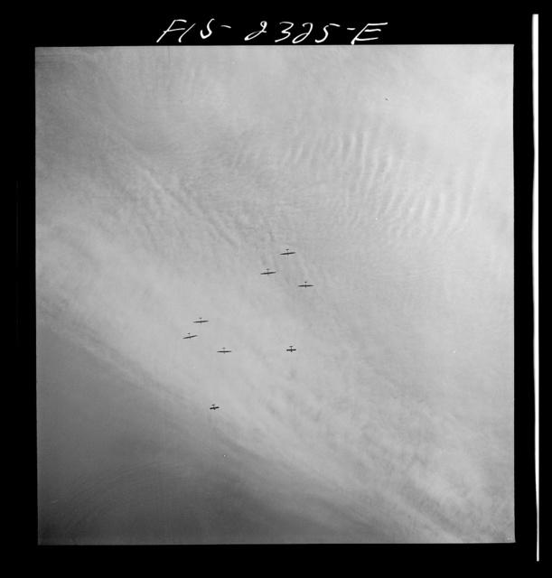 Parris Island, South Carolina. U.S. Marine Corps glider detachment training camp. Marine glider planes in flight