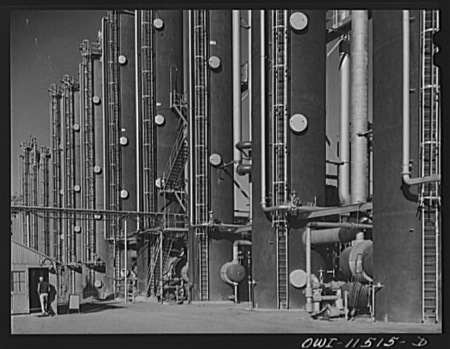 Phillips gasoline plant. Borger, Texas. Fractionators