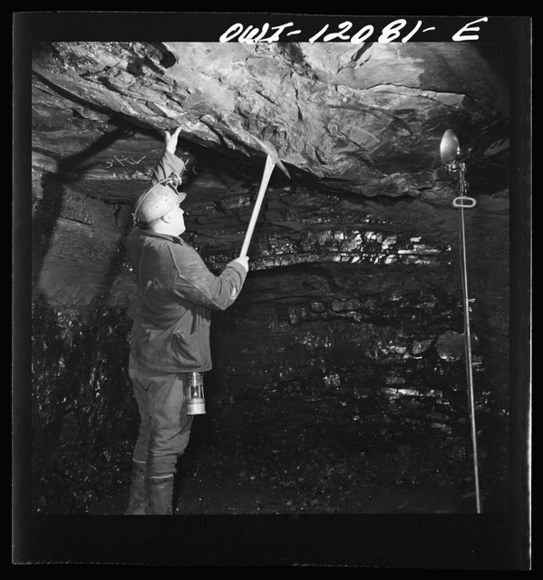Pittsburgh, Pennsylvania (vicinity). Montour no. 4 mine of the Pittsburgh Coal Company. Testing for a sound roof