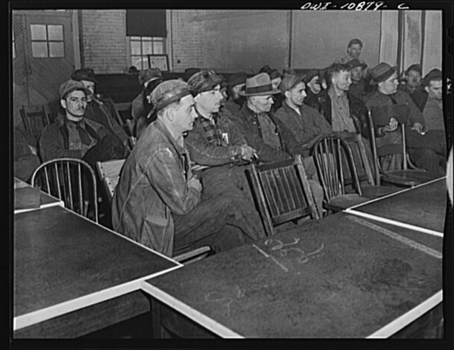 Pittsburgh, Pennsylvania (vicinity). Montour no. 4 mine of the Pittsburgh Coal Company. Mine foreman at a production meeting