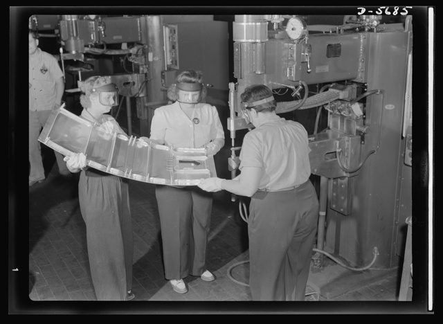 Production. Willow Run bomber plant. Spot welding parts for the nacelle of an aircraft engine. These women work in the largest one-story building in the works, the giant bomber plant at Willow Run, Michigan. Ford plant, Willow Run