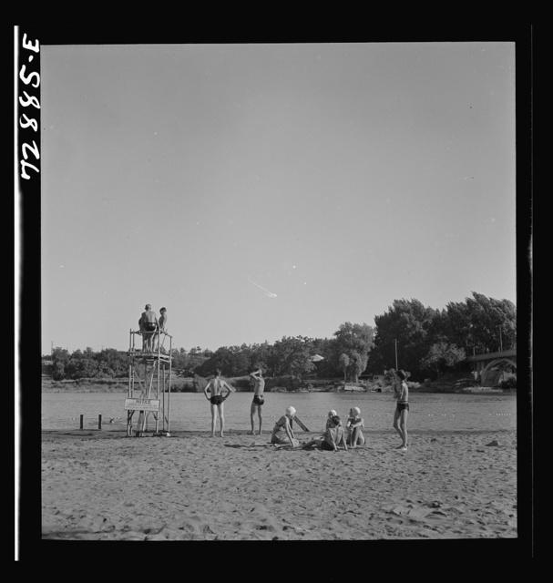 Redding, California. A free municipal beach on the Sacramento River